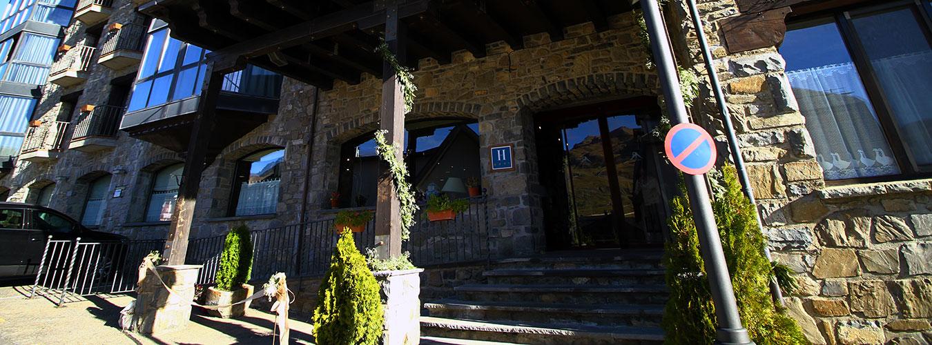hotel-villa-sallent-4